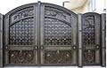 Металлические кованые въездные ворота