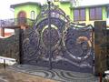 Металлические ворота с индивидуальным дизайном