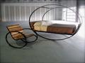 Кровать качалка в современном интерьере