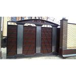 Ворота металлические с элементами колонн