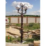 Металлический фонарь для сада высотой 3 метра