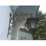 Кованый фонарь для крепления на стену дома