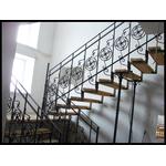 Проект лестницы и перил внутри здания