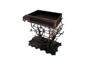 Металлический кованый мангал коричневого цвета
